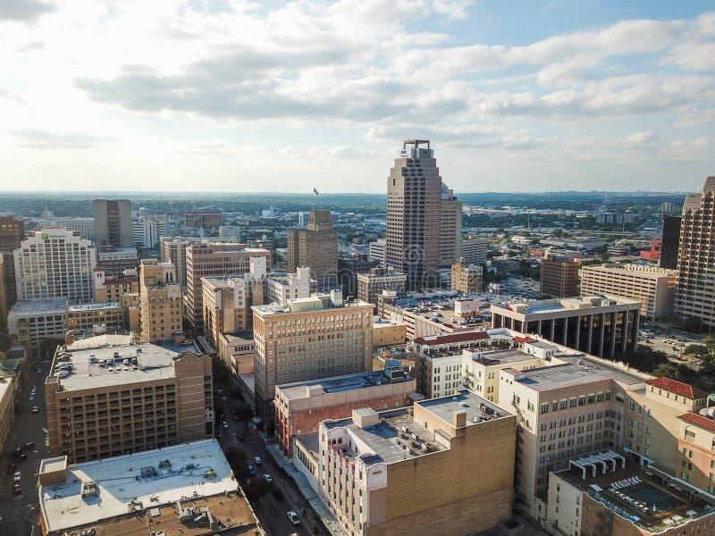 街市圣安东尼奥,面对E的得克萨斯空中都市风景  库存图片