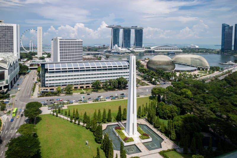 街市的新加坡,海湾的,小游艇船坞Sa海湾广场剧院 免版税库存图片