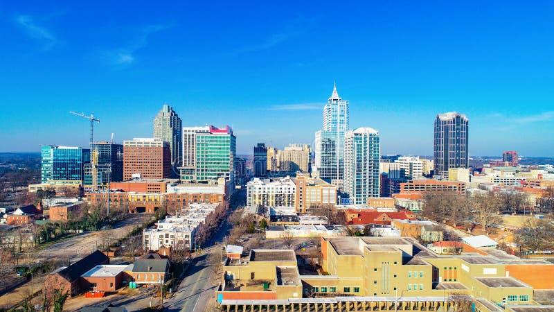 街市罗利,北卡罗来纳,美国寄生虫地平线鸟瞰图 免版税库存照片