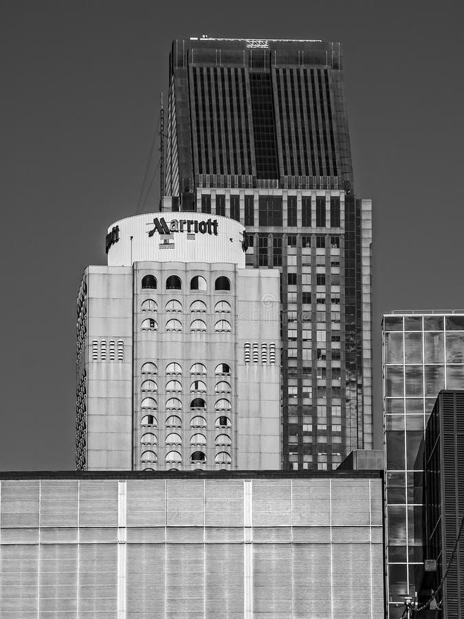 街市蒙特利尔现代大厦 库存图片