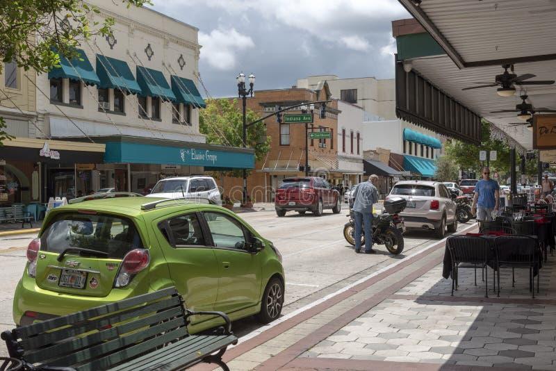 街市购物的街道在德兰佛罗里达美国 免版税库存图片