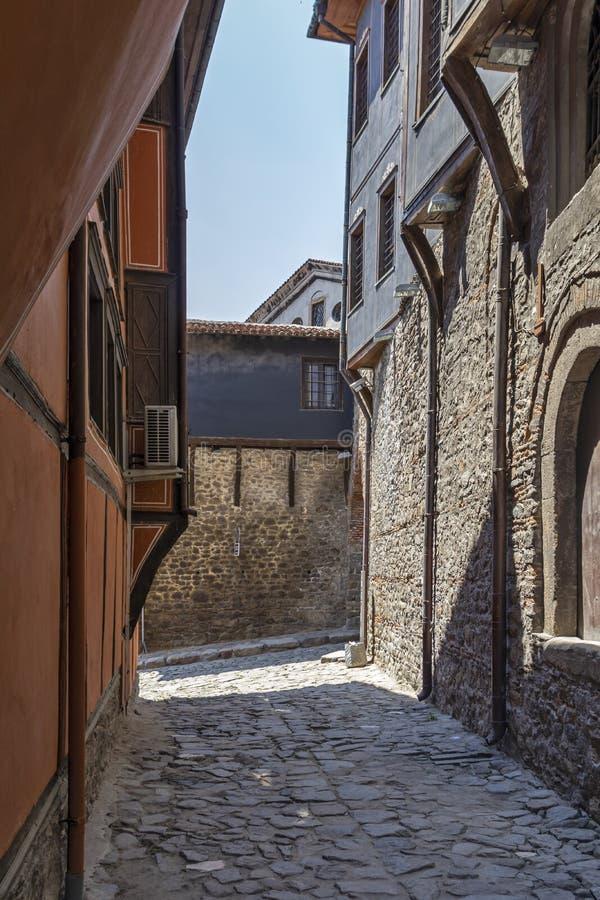 街道和19世纪议院建筑和历史储备的老镇cit的 免版税库存图片
