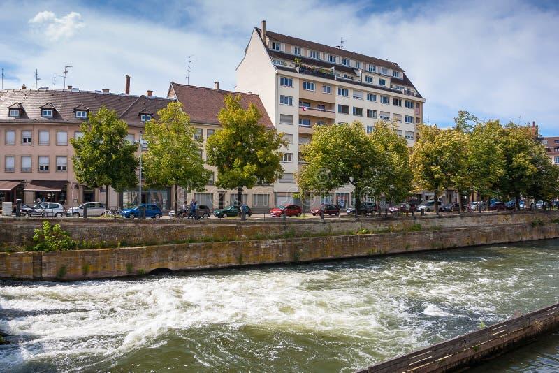 街道和水运河在史特拉斯堡 改变 图库摄影