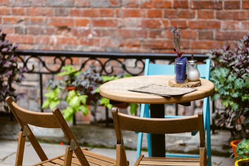街道咖啡馆在欧洲 免版税图库摄影