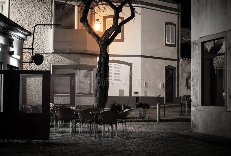 街道咖啡馆在老欧洲镇 免版税库存照片