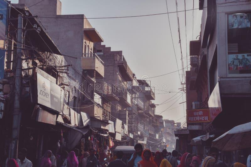 街道在乔德普尔城,拉贾斯坦,印度 免版税库存照片