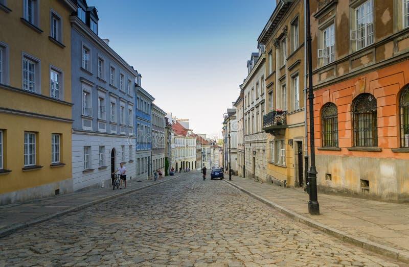 街道在华沙老城,波兰 库存照片