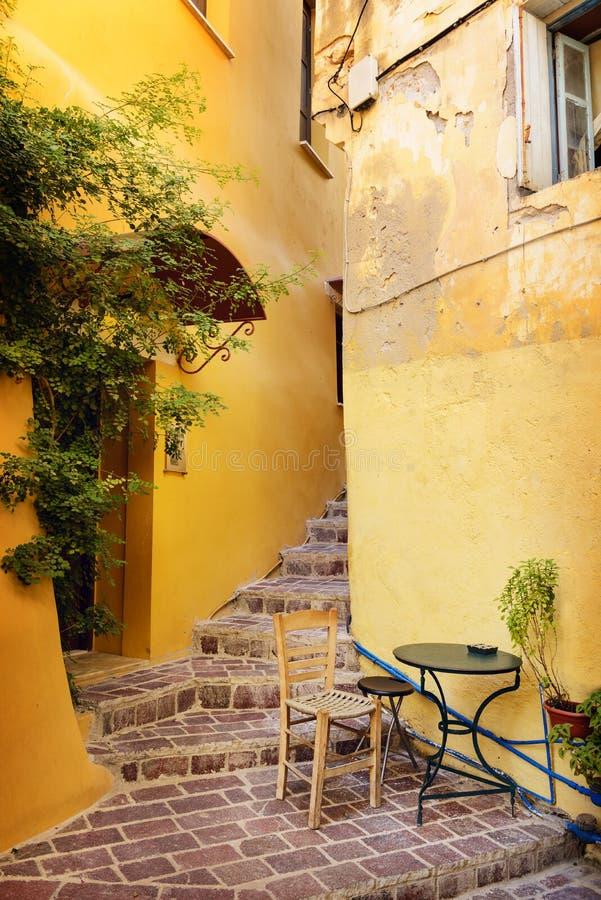 街道在希腊镇干尼亚州。克利特 库存照片