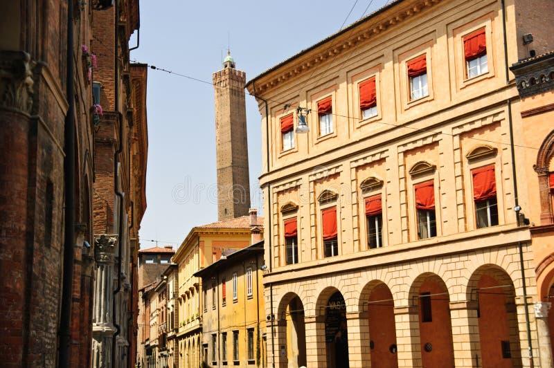 街道在波隆纳,意大利老城镇  库存图片