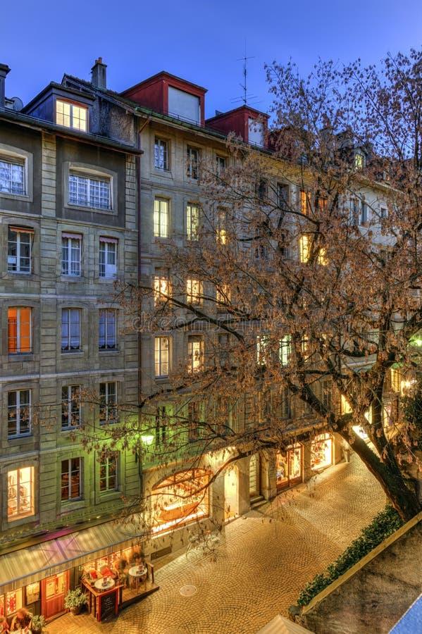 街道在老城市,日内瓦,瑞士 免版税库存照片
