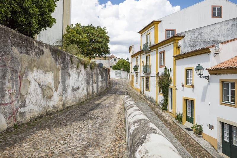 街道在Abrantes市,圣塔伦,葡萄牙区  免版税库存照片