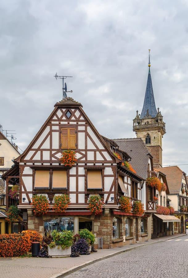 街道在Obermai,阿尔萨斯,法国 免版税库存照片