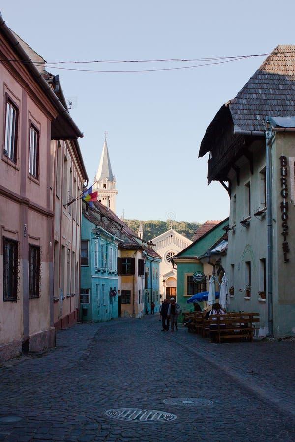 街道在Sighisoara在罗马尼亚 免版税图库摄影