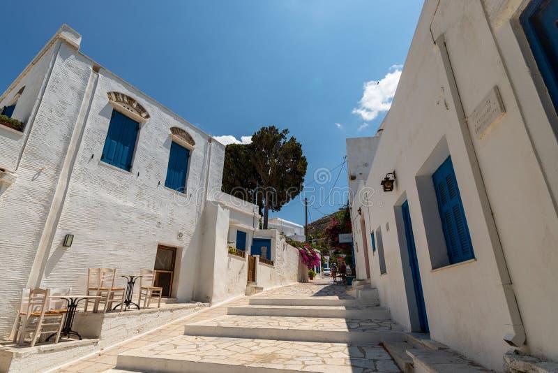 街道场面,在蒂诺斯岛爱琴岛上,希腊 免版税库存照片