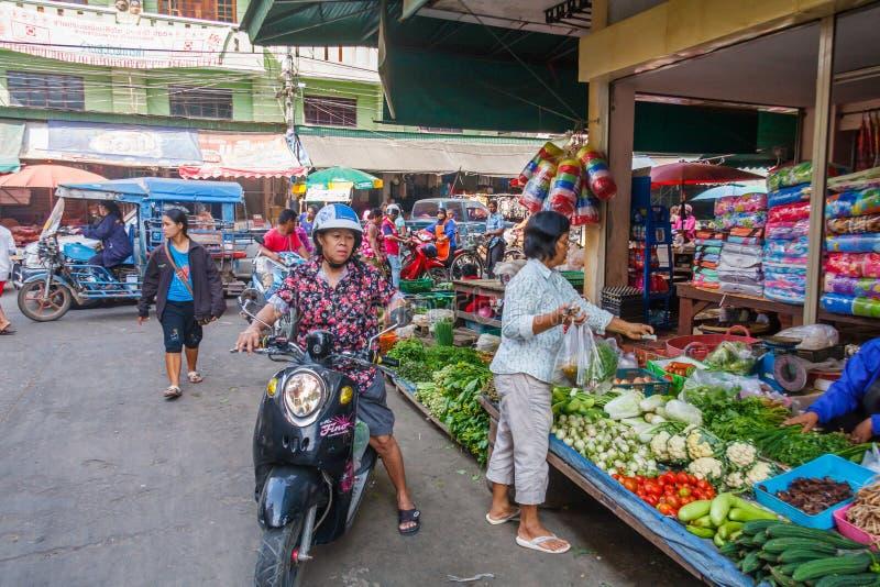 街道场面,市场领域 免版税库存照片