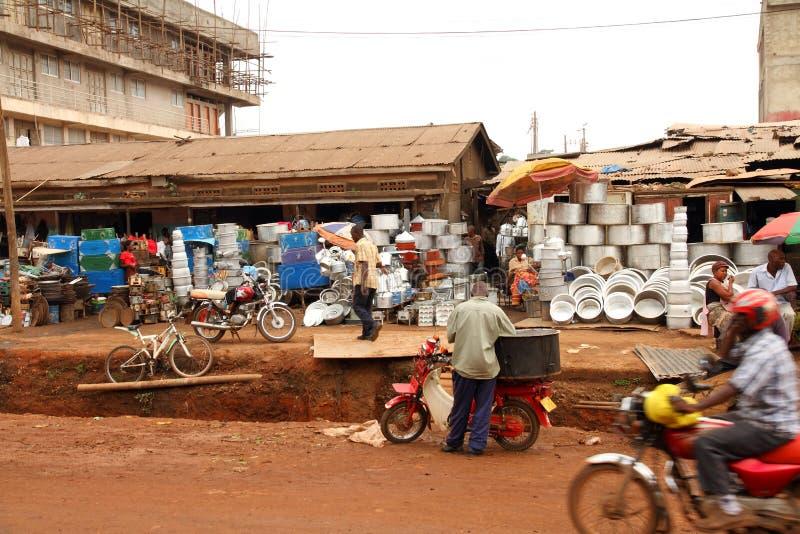 街道客商在坎帕拉,乌干达 图库摄影