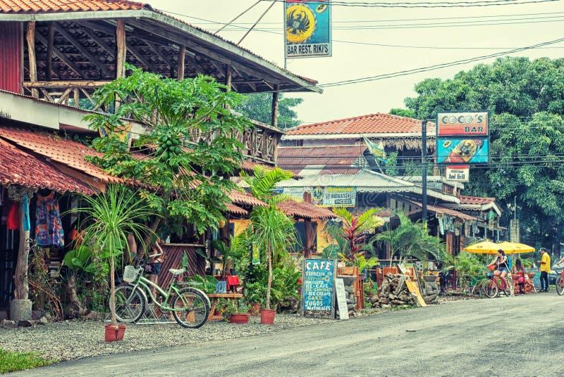 街道生活在Cahuita在利蒙,哥斯达黎加 免版税库存图片