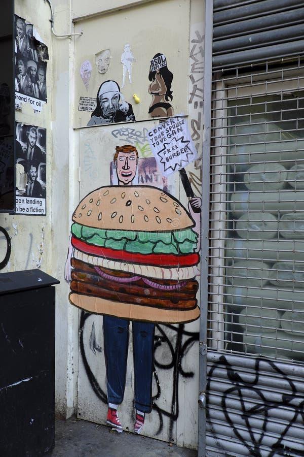 街道画在砖车道伦敦英国附近 免版税库存图片