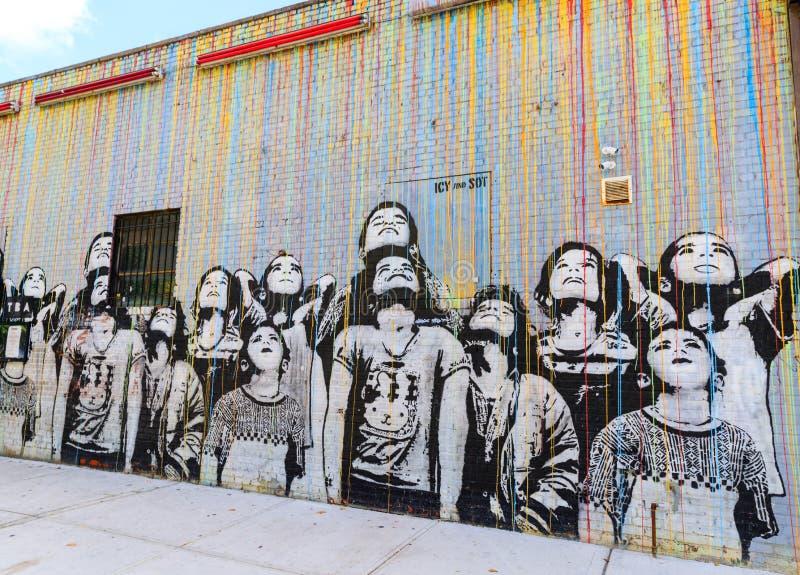 街道画艺术在威廉斯堡在布鲁克林,纽约,美国 免版税库存图片