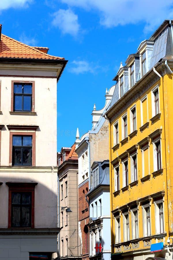 街道的看法在老镇,里加,拉脱维亚 图库摄影