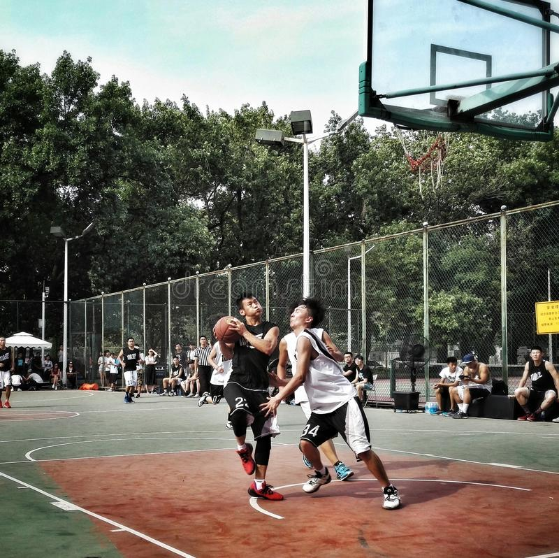街道篮球比赛 免版税库存照片