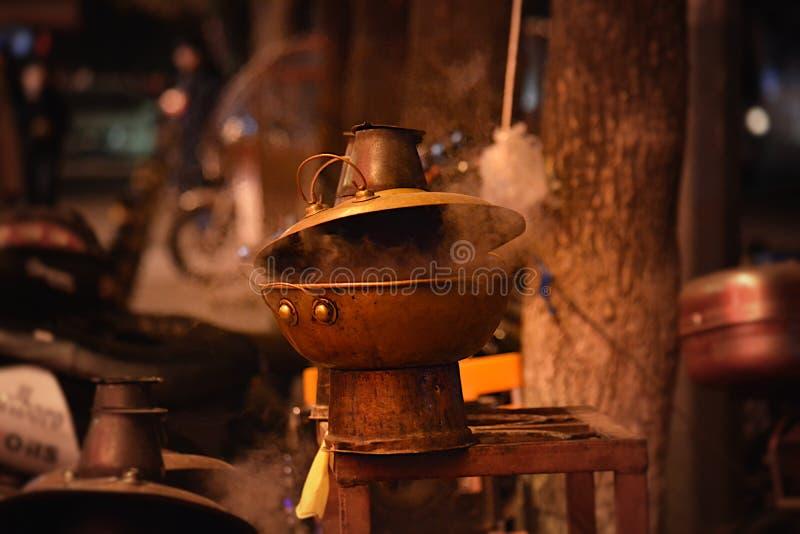 街道胡同热的罐 免版税库存照片