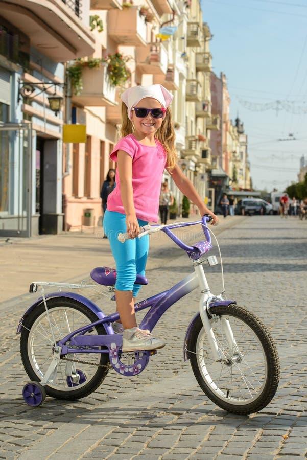 街道自行车 库存图片