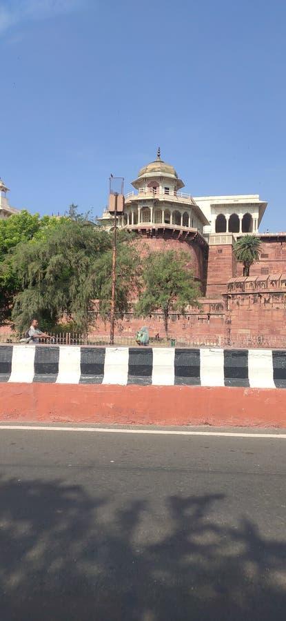街道观点的印度人德里红堡 ?? 图库摄影