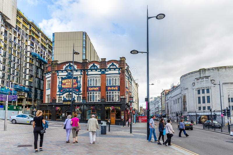 街道视图冠旅馆在利物浦,英国 免版税图库摄影