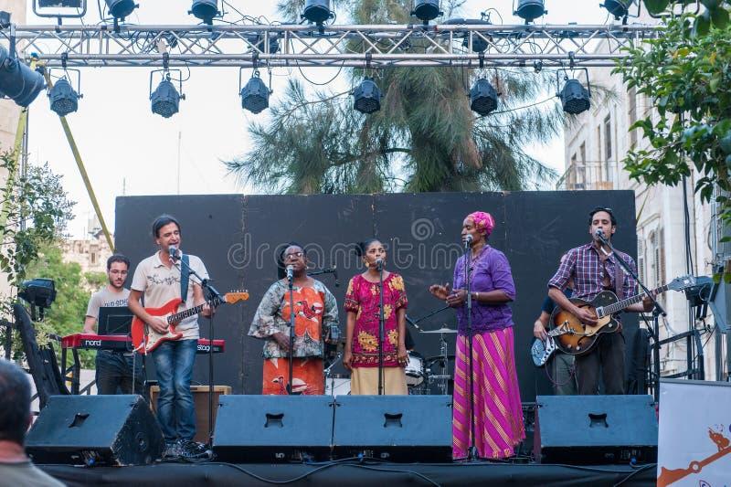 街道音乐在耶路撒冷 免版税库存照片