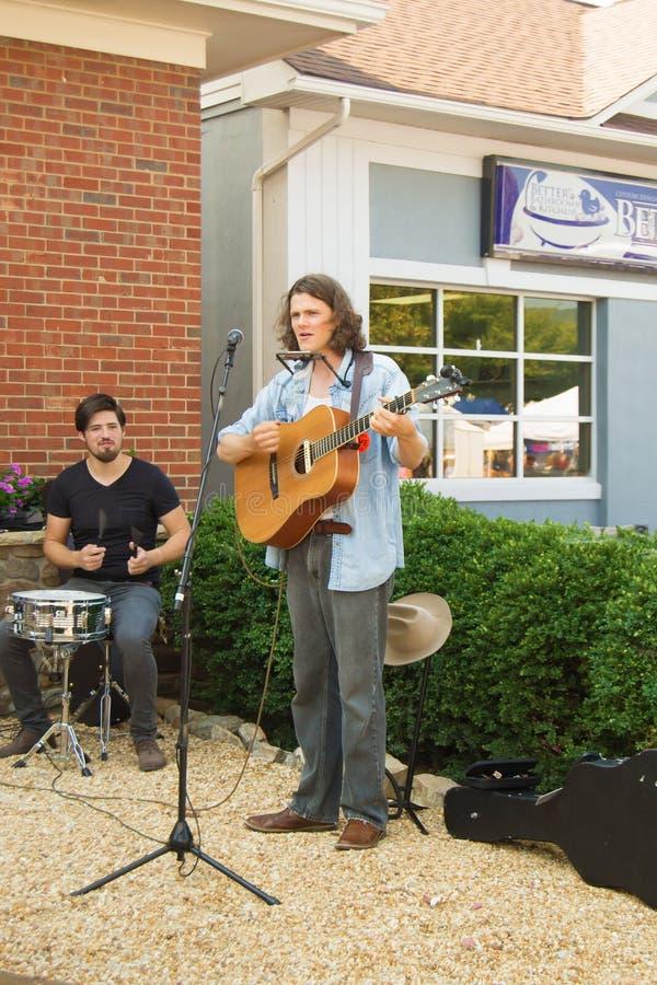 """街道音乐家†""""萨利姆,弗吉尼亚,美国 免版税图库摄影"""