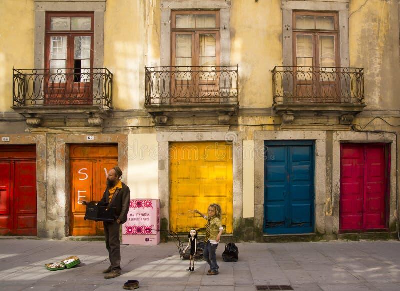 街道音乐家波尔图葡萄牙 免版税库存照片