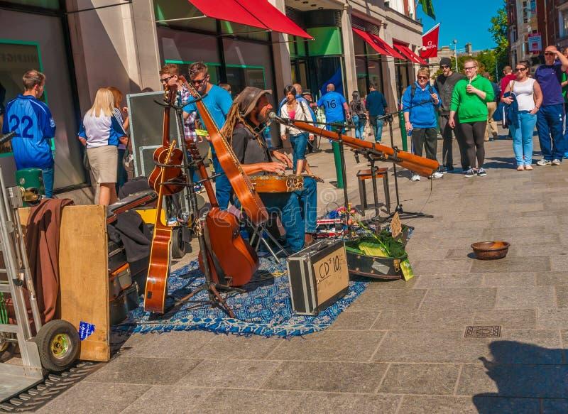 街道音乐家 爱尔兰,都伯林 免版税库存图片