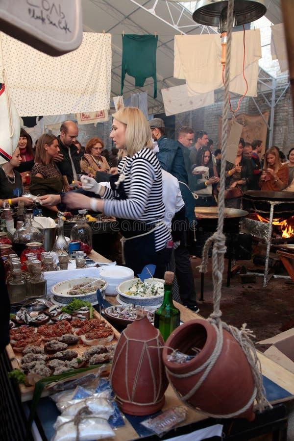街道食物节日在基辅,乌克兰 免版税库存图片