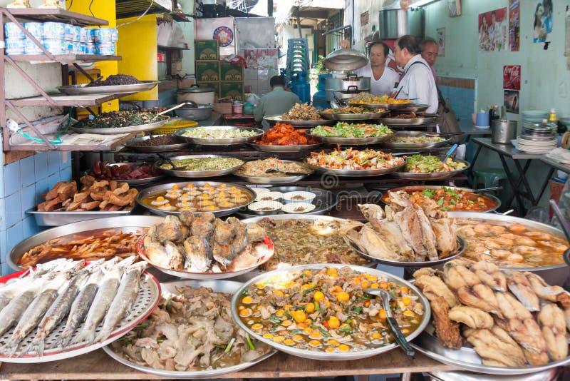 街道食物餐馆在唐人街,曼谷,泰国 库存照片