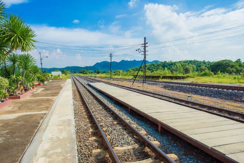 街道,通途,火车-车,钢,铁轨 库存照片