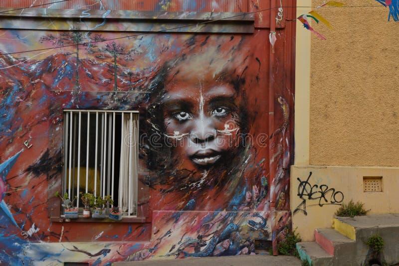 街道画墙壁在瓦尔帕莱索,智利 免版税库存照片