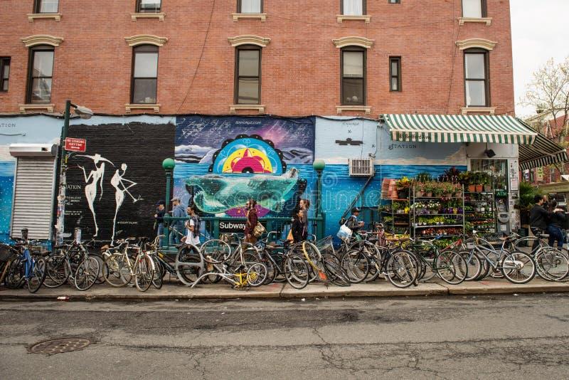 街道画艺术在威廉斯堡在布鲁克林 免版税图库摄影