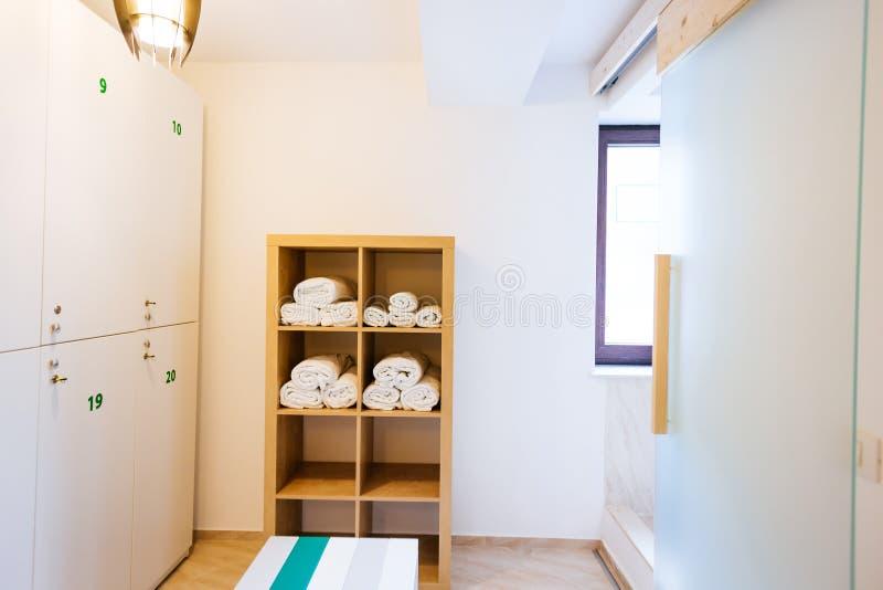 更衣室的好的内部 免版税库存图片