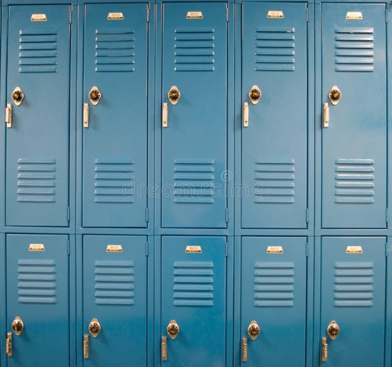 衣物柜学校 免版税库存图片