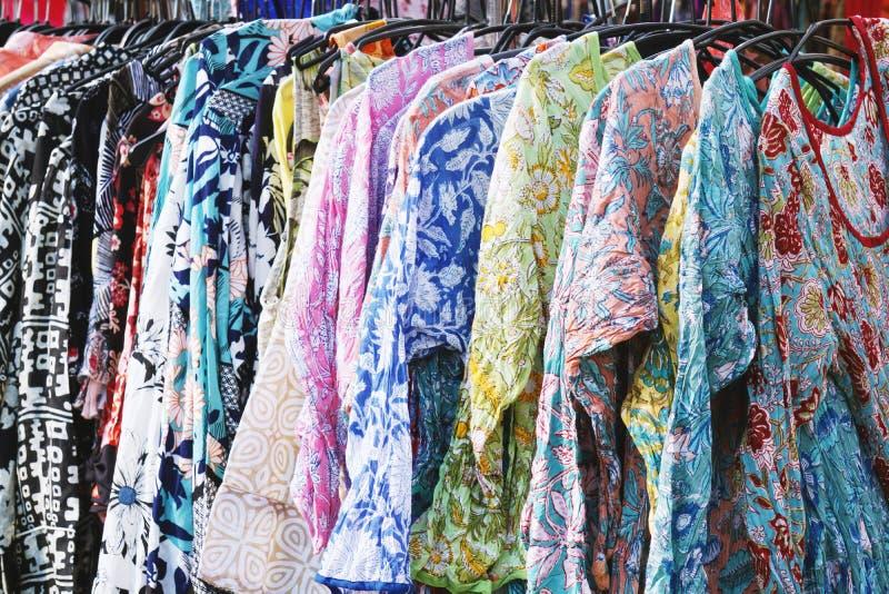 衣裳折磨与boho嬉皮样式花卉样式妇女的时尚 库存照片