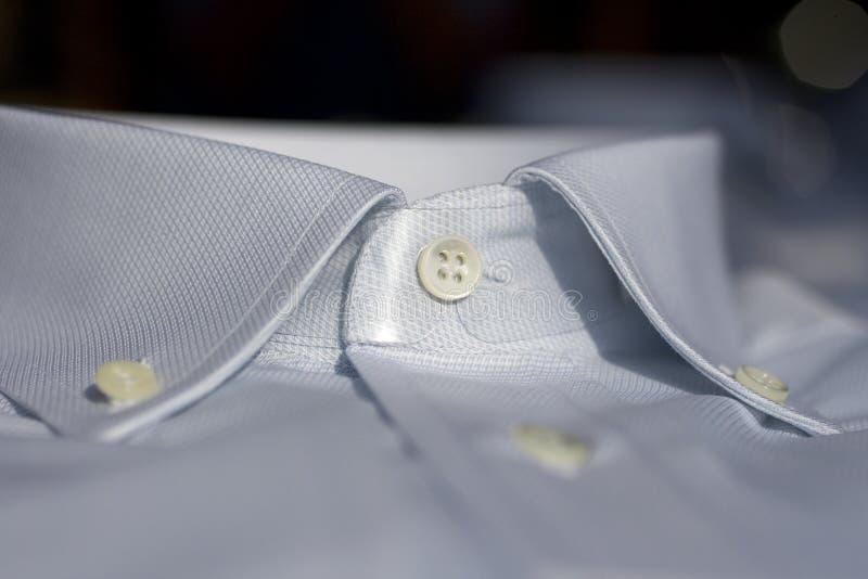衣领衬衣 免版税库存照片