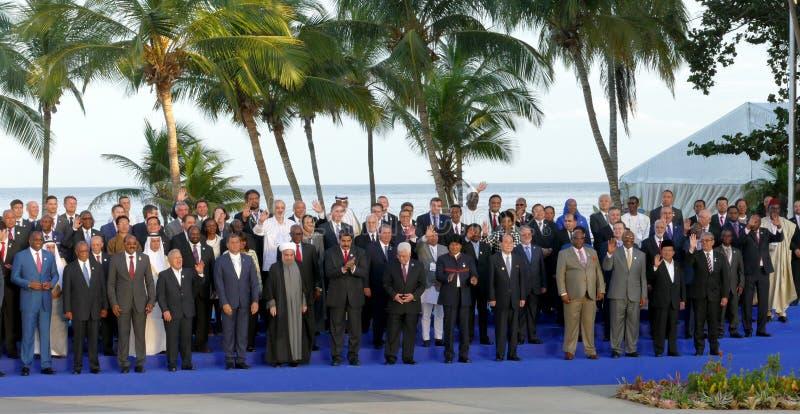 代表团的总统为在不结盟运动的第17次峰会的正式照片摆在 免版税图库摄影