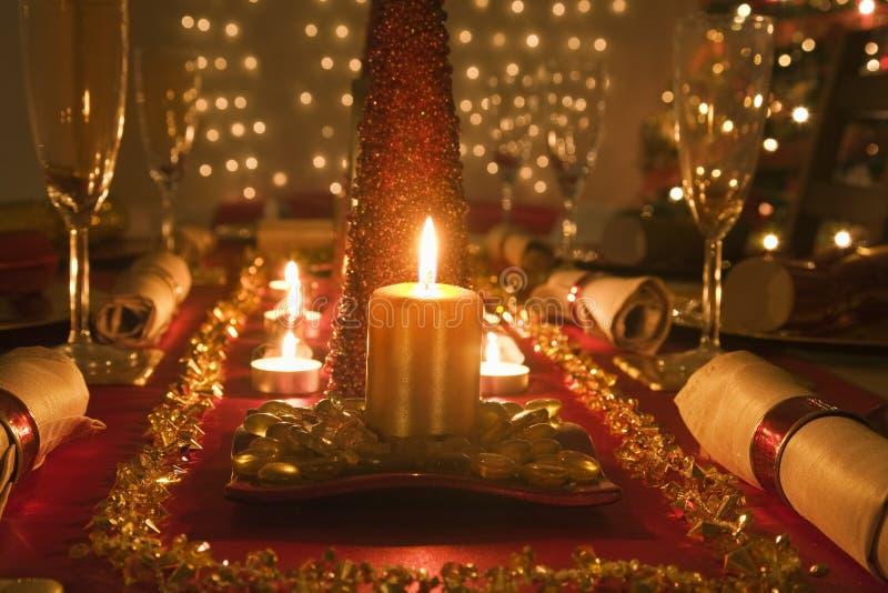 表装饰了圣诞节晚餐 库存图片