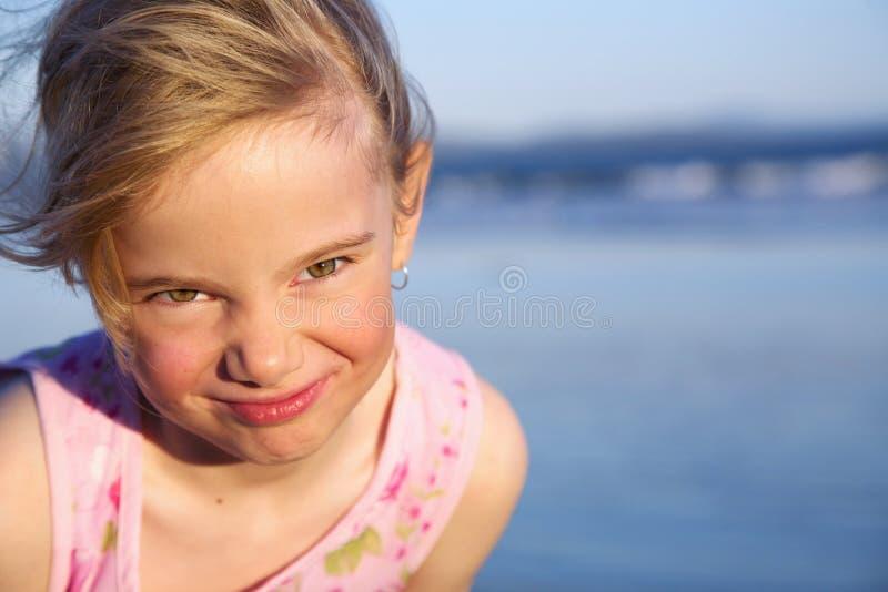 表面滑稽的女孩 免版税库存照片