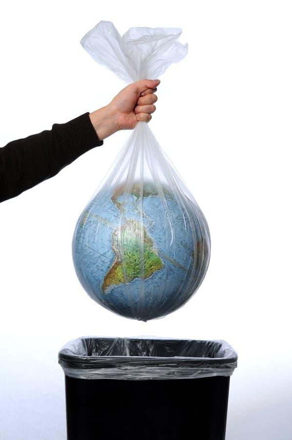 袋子地球垃圾 免版税库存照片