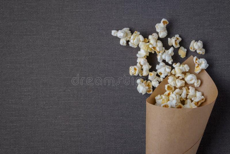 袋子用玉米花 免版税库存照片