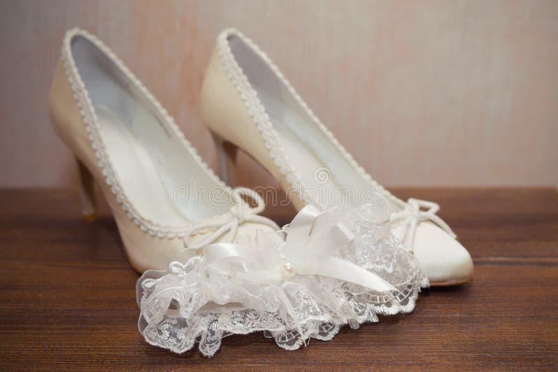 袜带新娘 库存图片