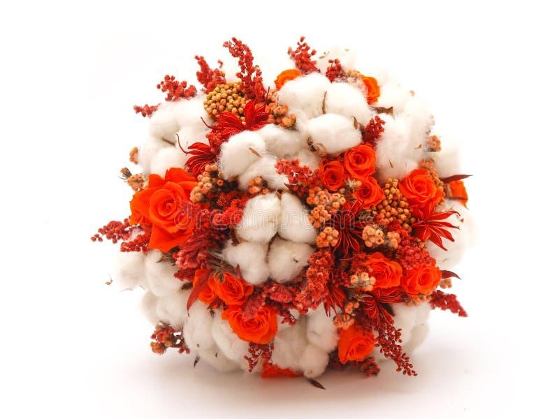 被保存的花和棉花婚礼花束 免版税库存图片