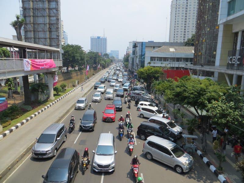 被充塞的交通在雅加达 免版税库存图片